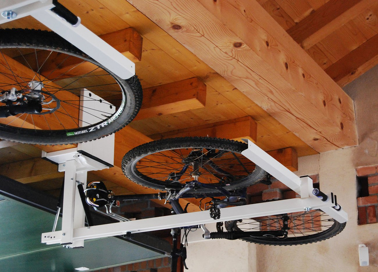 ceiling overhead bike rack for mountain bike trekking bike touring bike flat bike lift. Black Bedroom Furniture Sets. Home Design Ideas